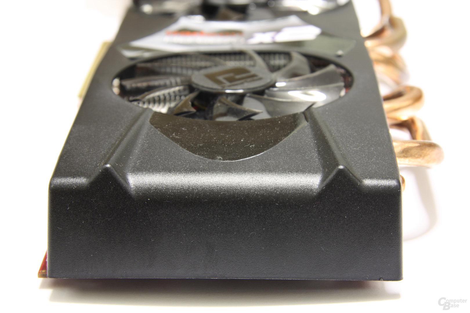 Radeon HD 6870 X2 von hinten