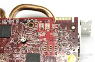 Radeon HD 6870 X2 CF-Anschluss