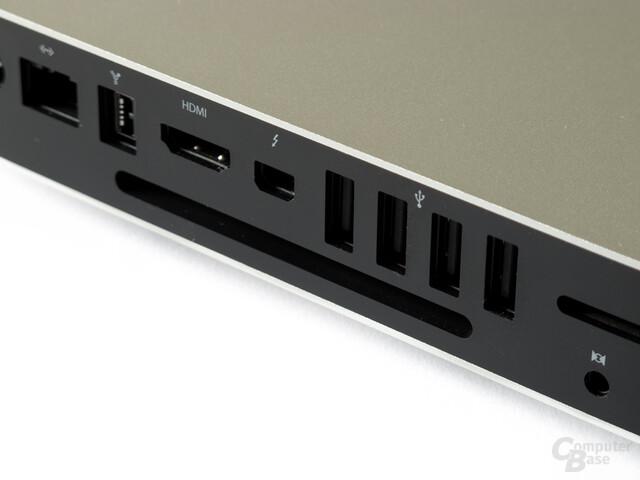 Von links nach rechts: Ethernet, FireWire, HDMI, Thunderbolt, USB, SD-Slot, Audio