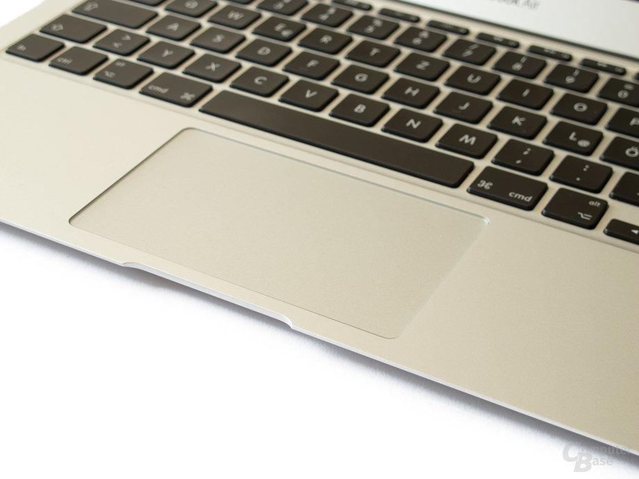 """MacBook Air: Sehr gutes Touchpad mit neuen """"Lion""""-Gesten"""