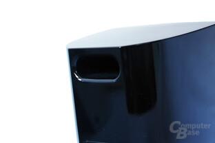 kleine Bass-Reflex-Öffnung auf der Rückseite