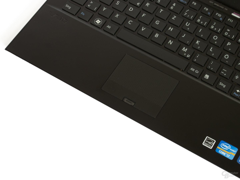 Sony Vaio Z21: Zu kleines Touchpad