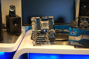 Wasserkühlung und X79-Board von Intel