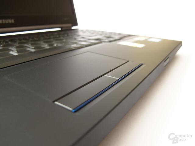 Samsung 200B5B: Kantiges Design ohne Schnörkel
