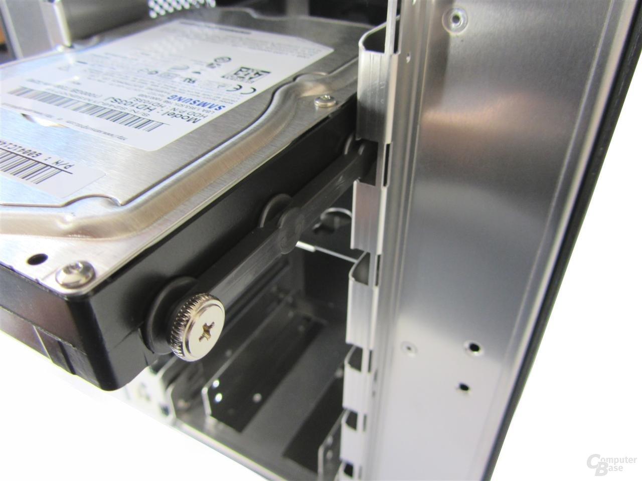 """Lian Li Z70 – Befestigungssystem für 3,5""""-Festplatten"""