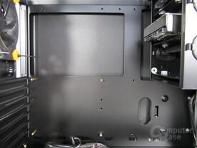Antec Solo II – Mainboardträger