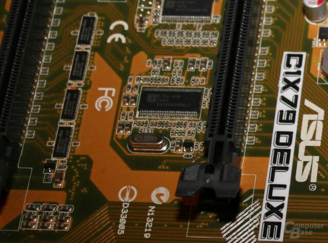 Vier Chips des Typs ASMedia ASM1480