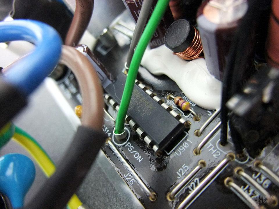 OCZ ZS 650W - Sicherungschip