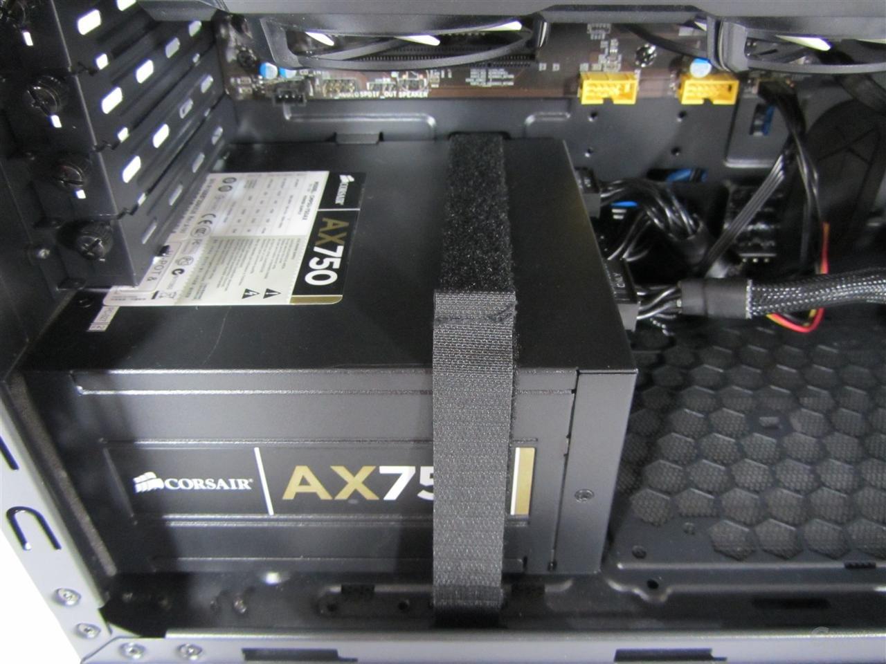 anidées AI-6 - Netzteil mit Montageklettband