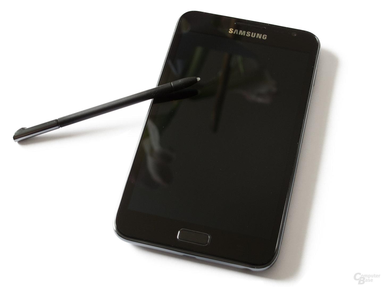 Samsung Galaxy Note: Über den Stylus lässt sich das Smartphone ebenfalls bedienen