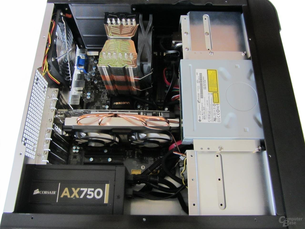SilverStone CW02 - Innenraum mit Hardware