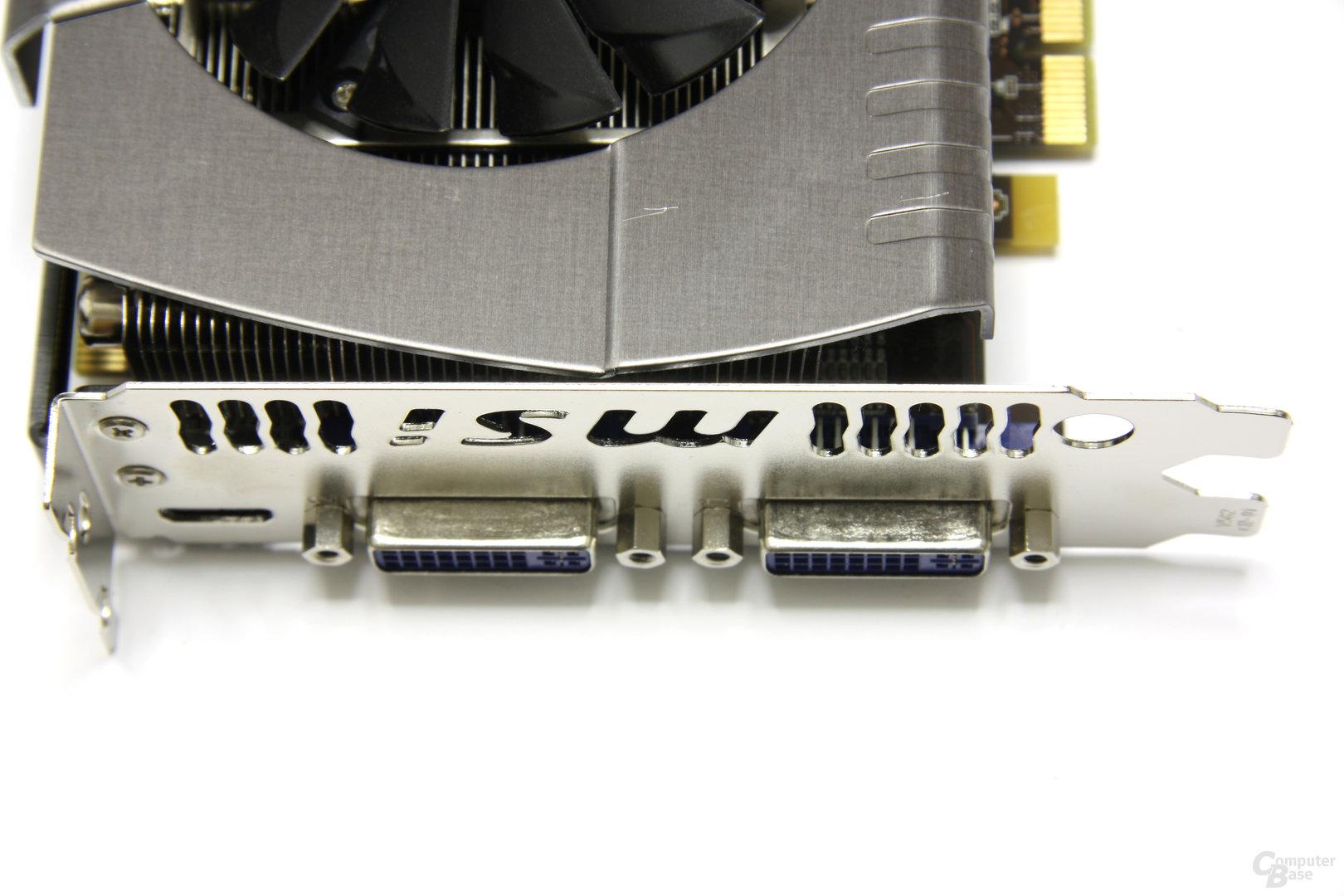 GeForce GTX 560 Ti 448 Core TFIII PE OC Anschlüsse