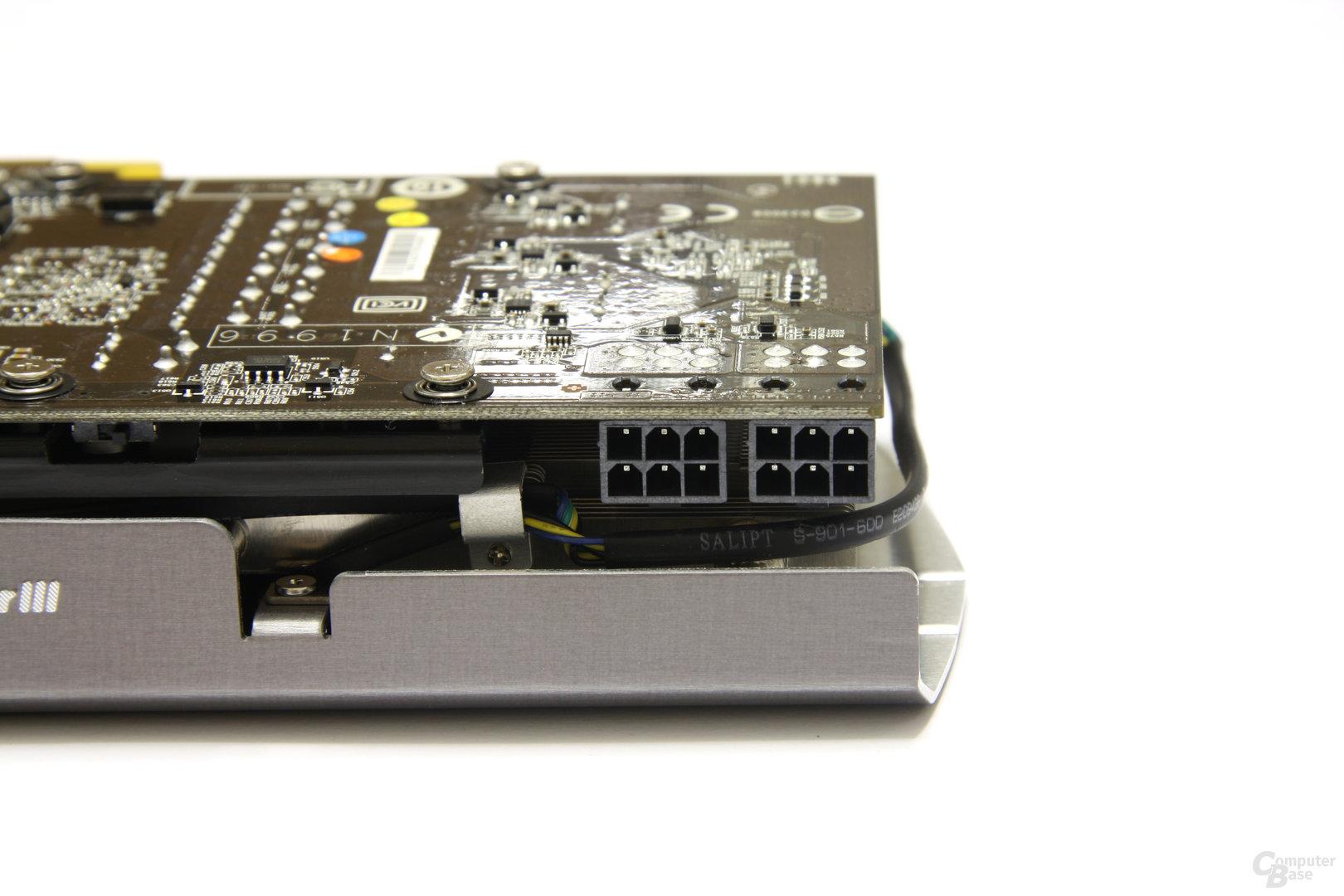 GeForce GTX 560 Ti 448 Core TFIII PE OC Stromanschlüsse