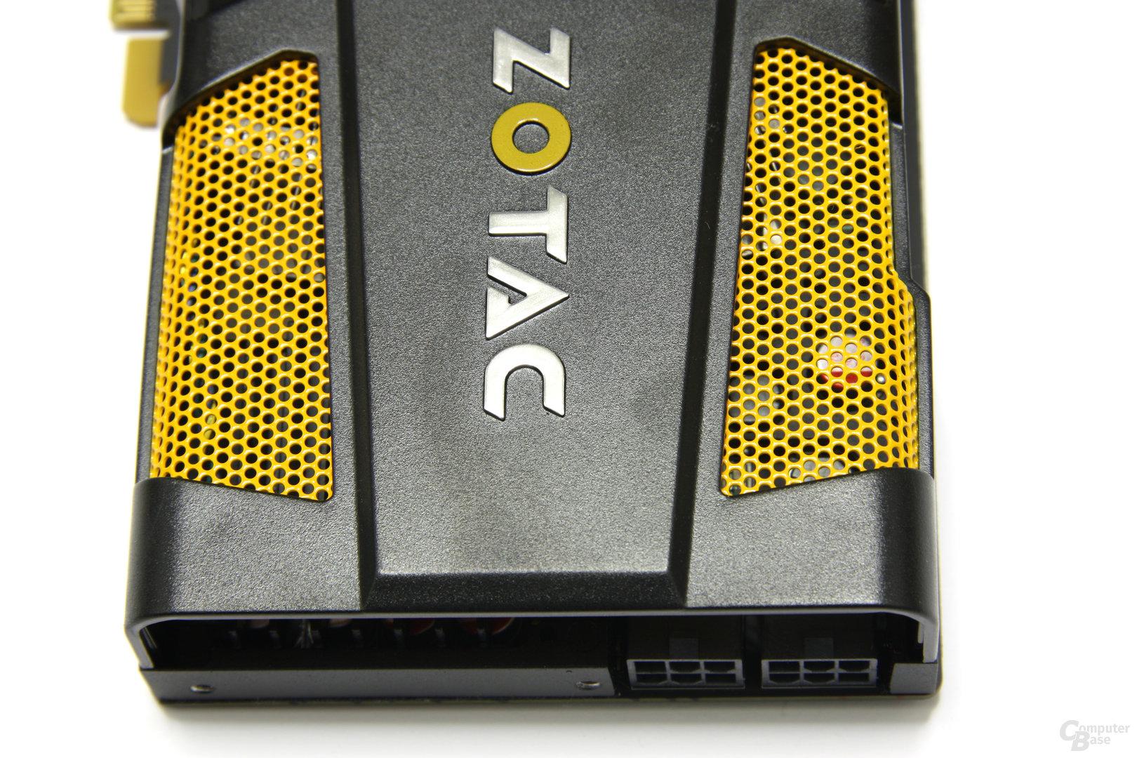 GeForce GTX 560 Ti 448 Core LE von oben
