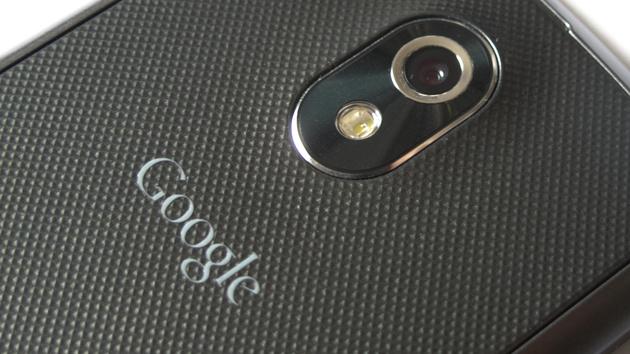 Samsung Galaxy Nexus im Test: Gebogenes Smartphone mit Stock Android