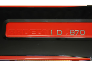 Radeon HD 7970 abfallender Schriftzug