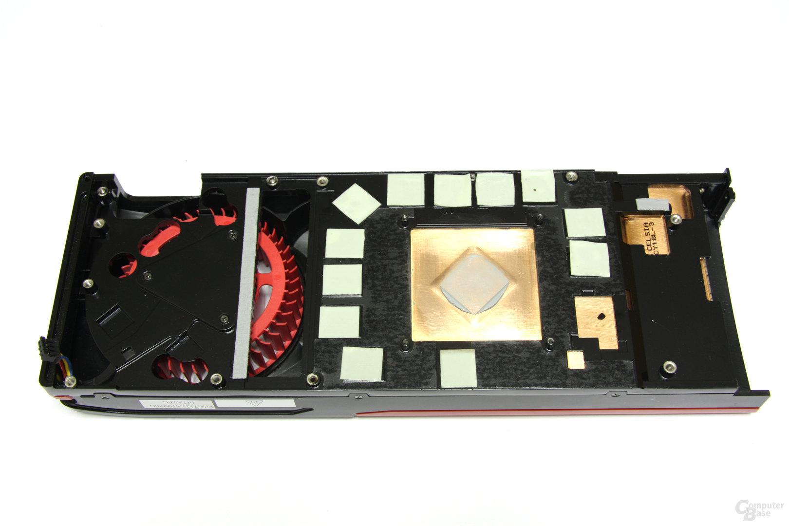 Radeon HD 7970 Kühlerrückseite