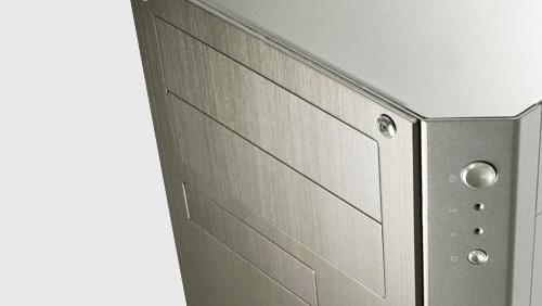 Abee DX4 im Test: Konkurrenz aus Aluminium für Lian Li