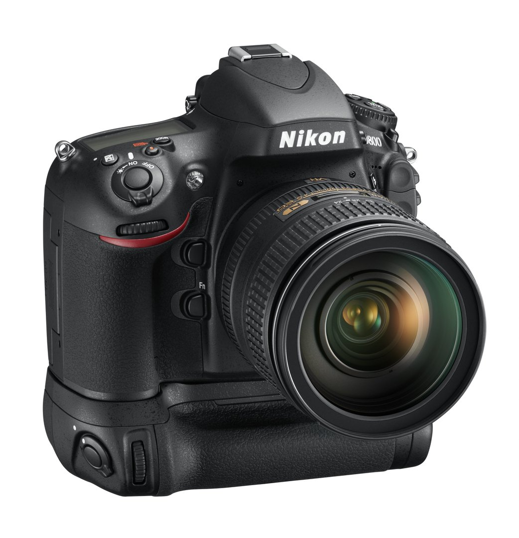 Nikon D800 mit MB-D12