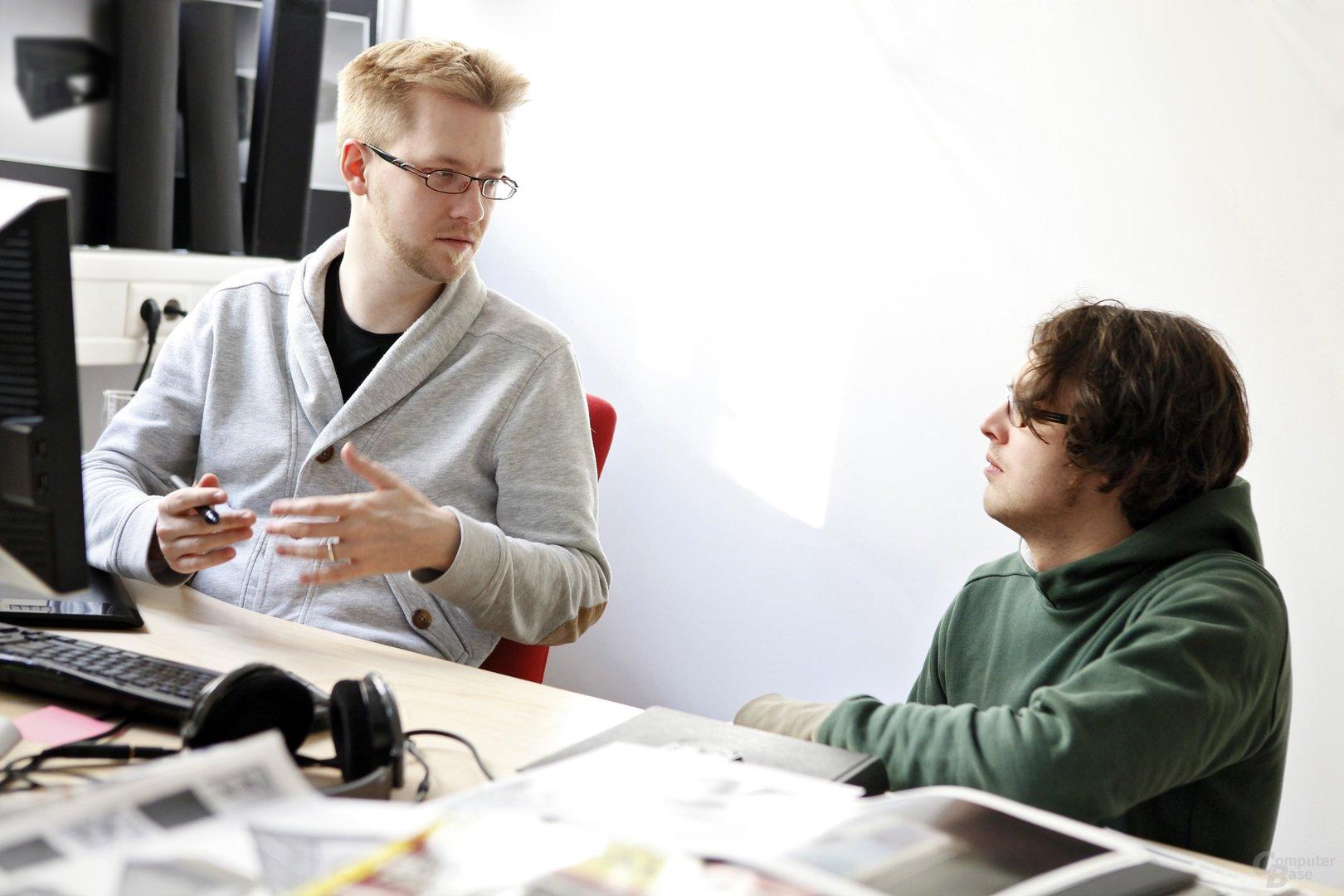 David im Gespräch mit einem Teufel Designer