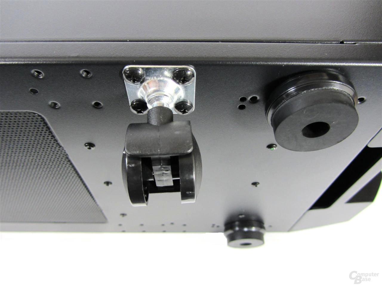 Aerocool Strike-X ST – optional installierbare Rollen