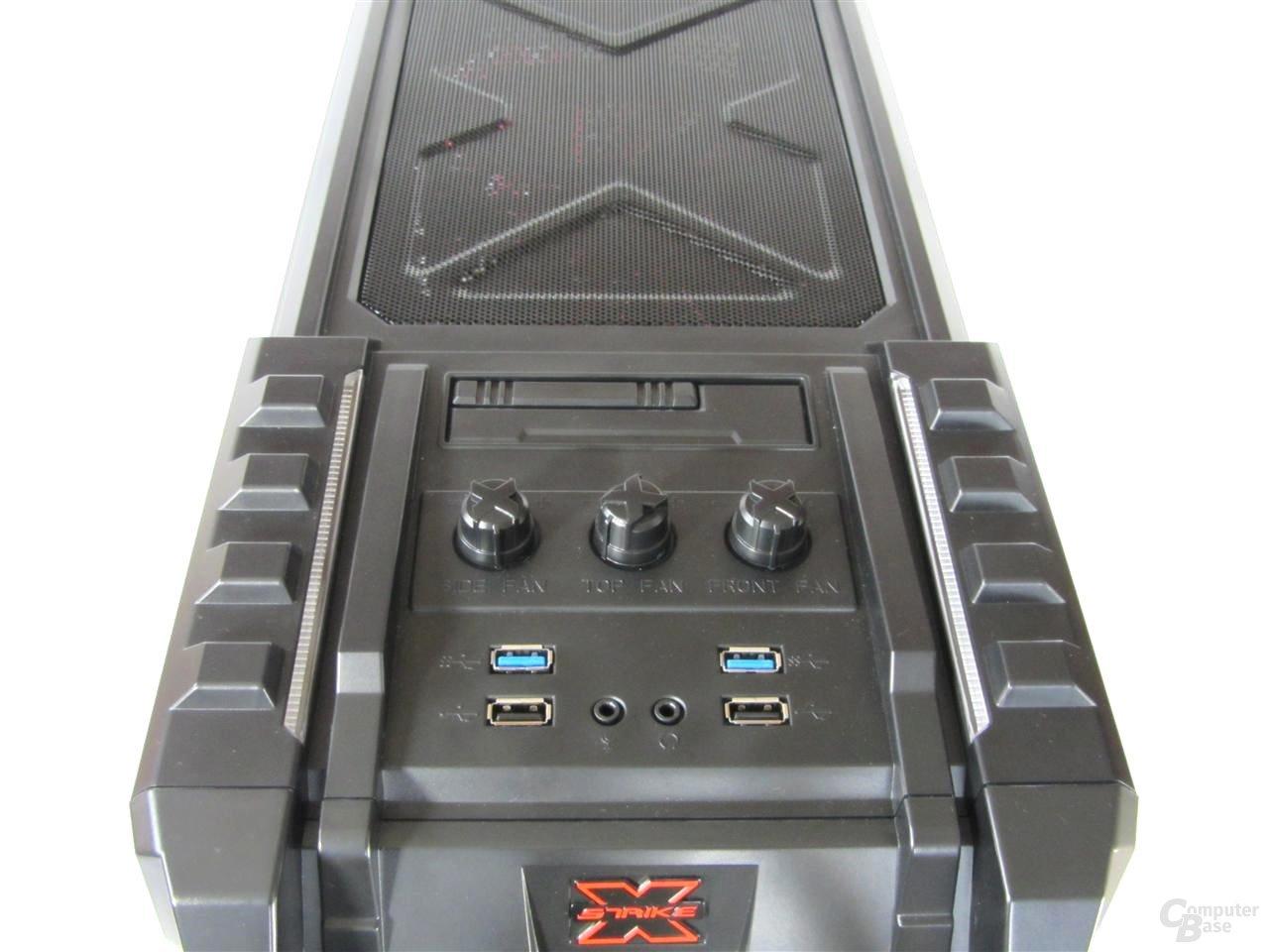 Aerocool Strike-X ST – Frontpanel und Lüftersteuerung