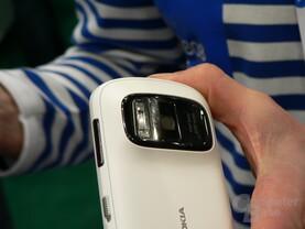 Nokia 808