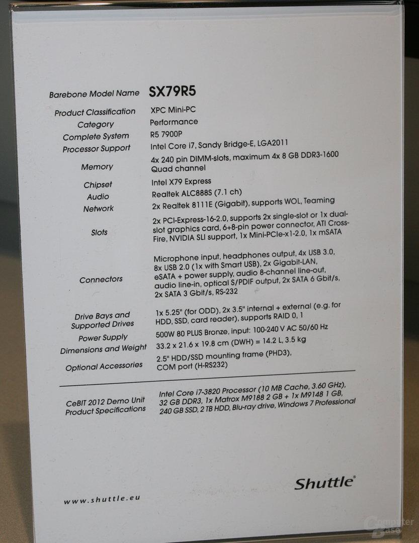 Shuttles X79-Barebone mit zwölf Displays