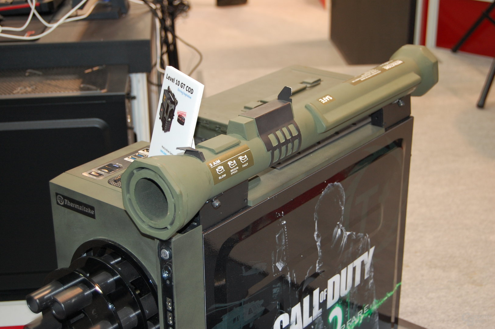 Thermaltake Level 10 GT Call of Duty: MW3 Mod