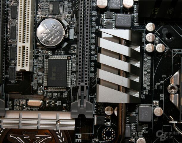ECS Elitegroup Z77H2-AX mit PLX-Chip