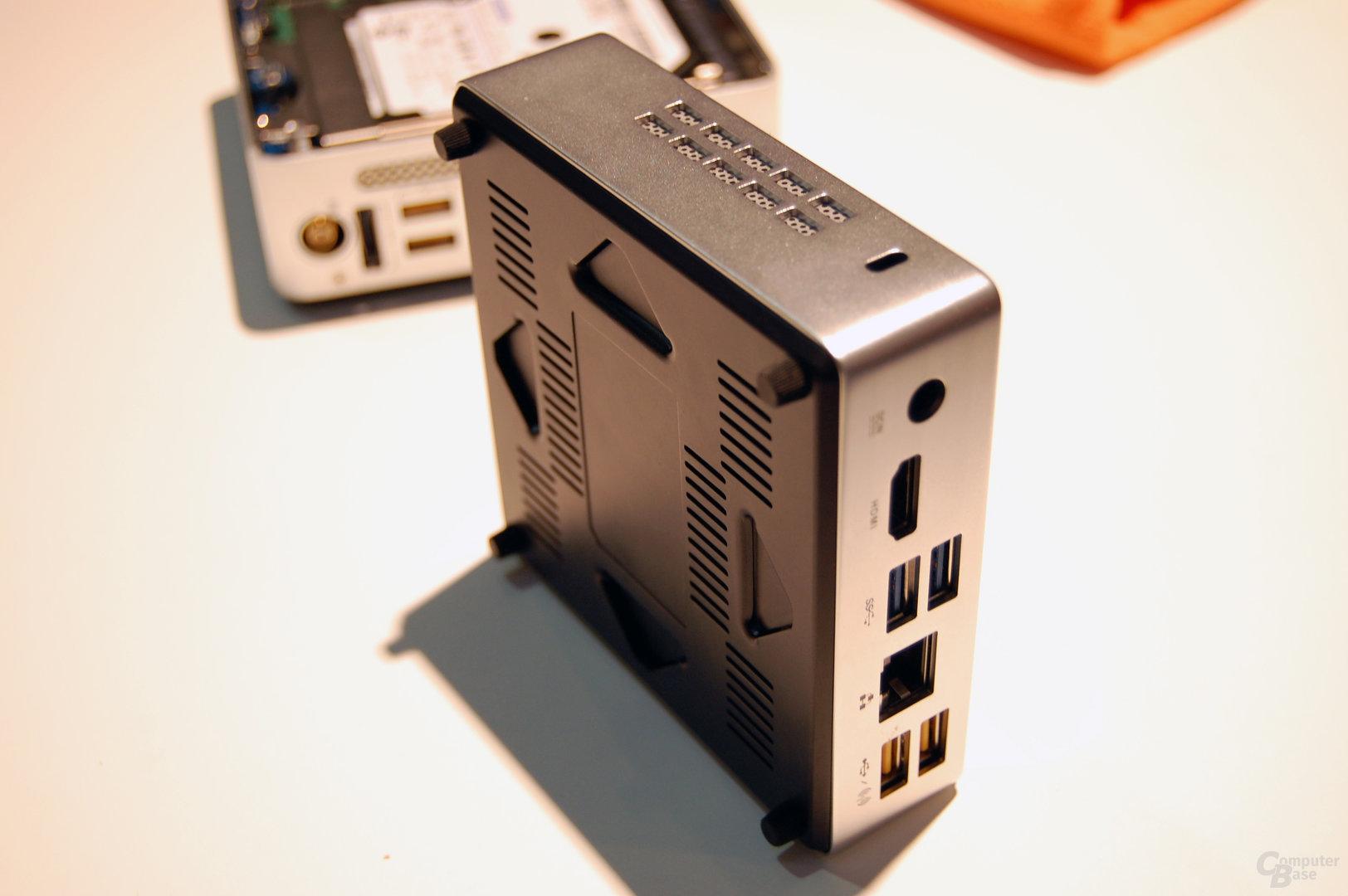 Prototyp einer kleineren Zotac ZBox mit SSD und unbekannter CPU und Chipsatz