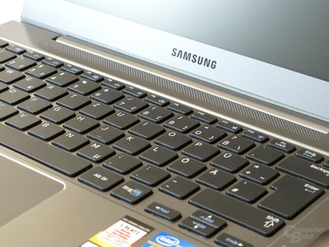 Samsung 530U3B: Tastatur