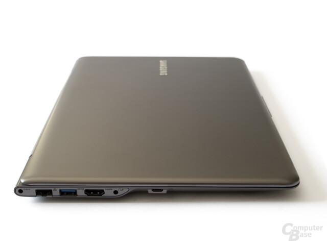 Samsung 530U3B: Anschlüsse links