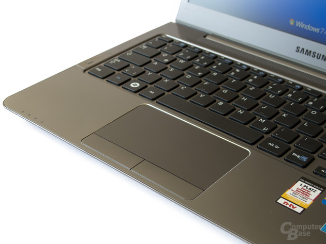 Samsung 530U3B: Touchpad