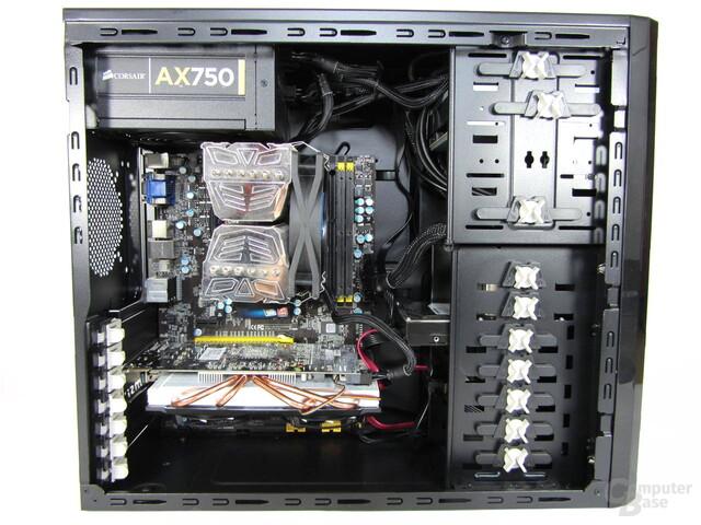 Rasurbo Vort-X U3 – Innenraum mit eingebauter Hardware