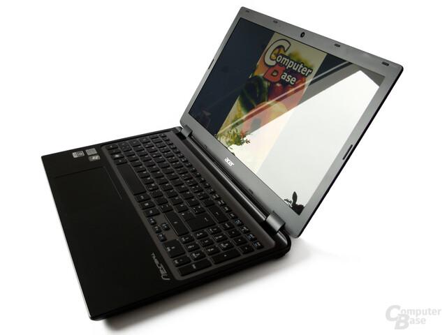 Acer Timeline Ultra M3: Display