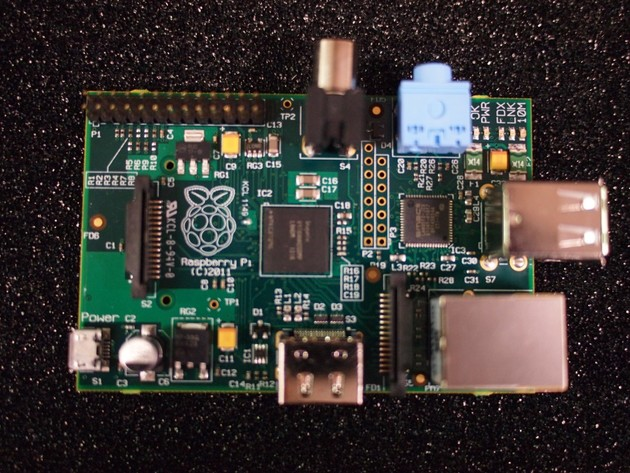 "Raspberry Pi ""Modell B"" Photo"