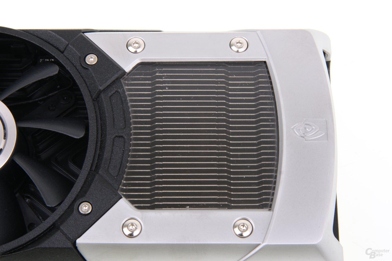 GeForce GTX 690 Lüfterabdeckung