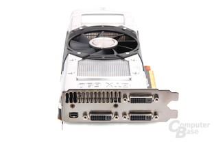 GeForce GTX 690 Slotblech