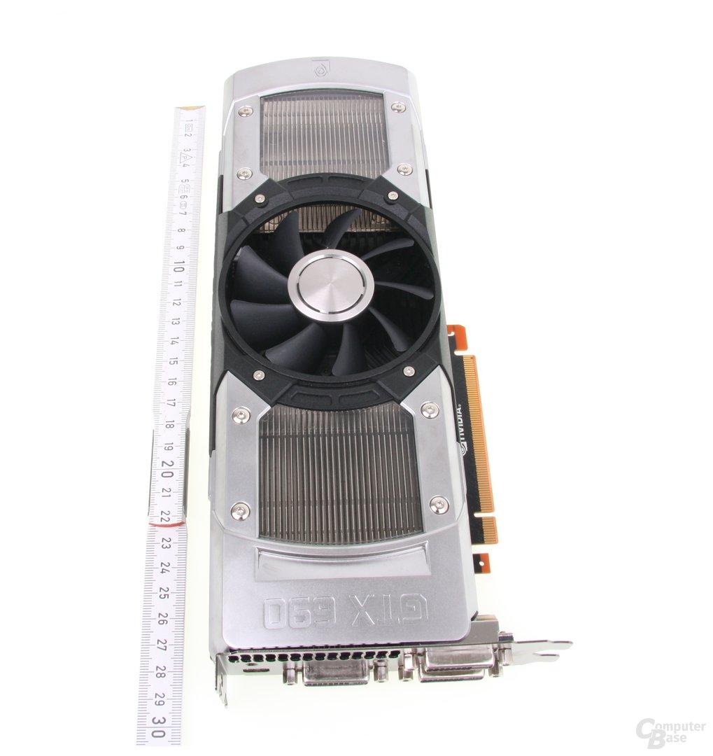 GeForce GTX 690 Länge