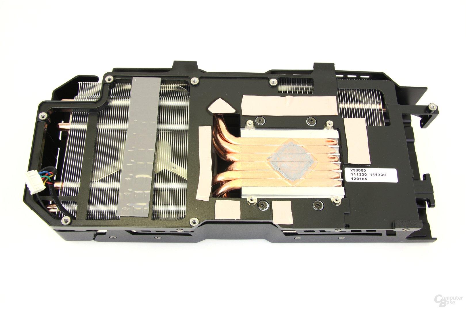 Radeon HD 7970 DCII Kühlerrückseite