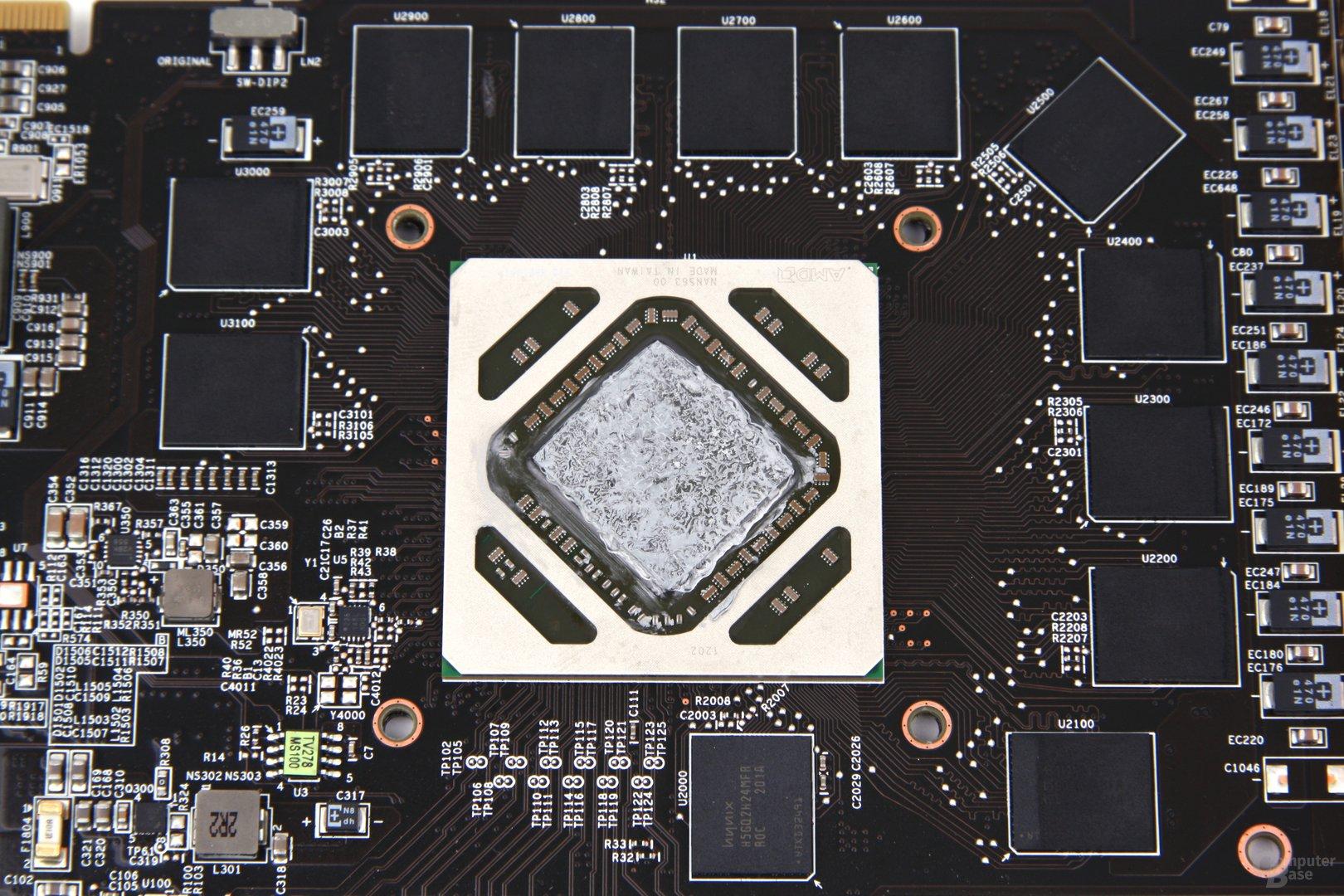 Radeon HD 7970 Lightning GPU und Speicher