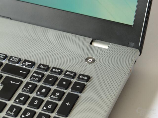 Tastatur und Lochmuster-Design