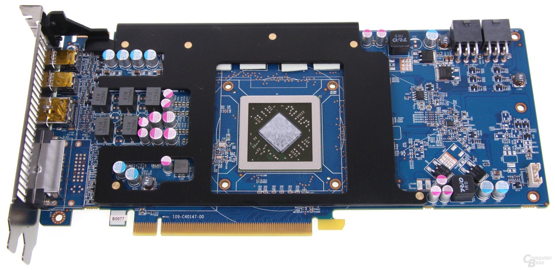 Radeon HD 7870 mit Kühlplatte