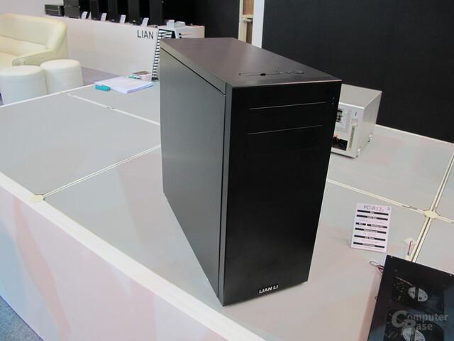 Lian Li PC-B12