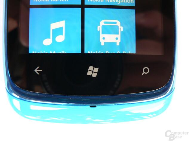 Nokia Lumia 610 - Staub-Spalt