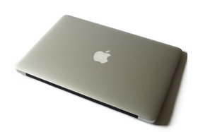Das MacBook Air in bekannter Optik