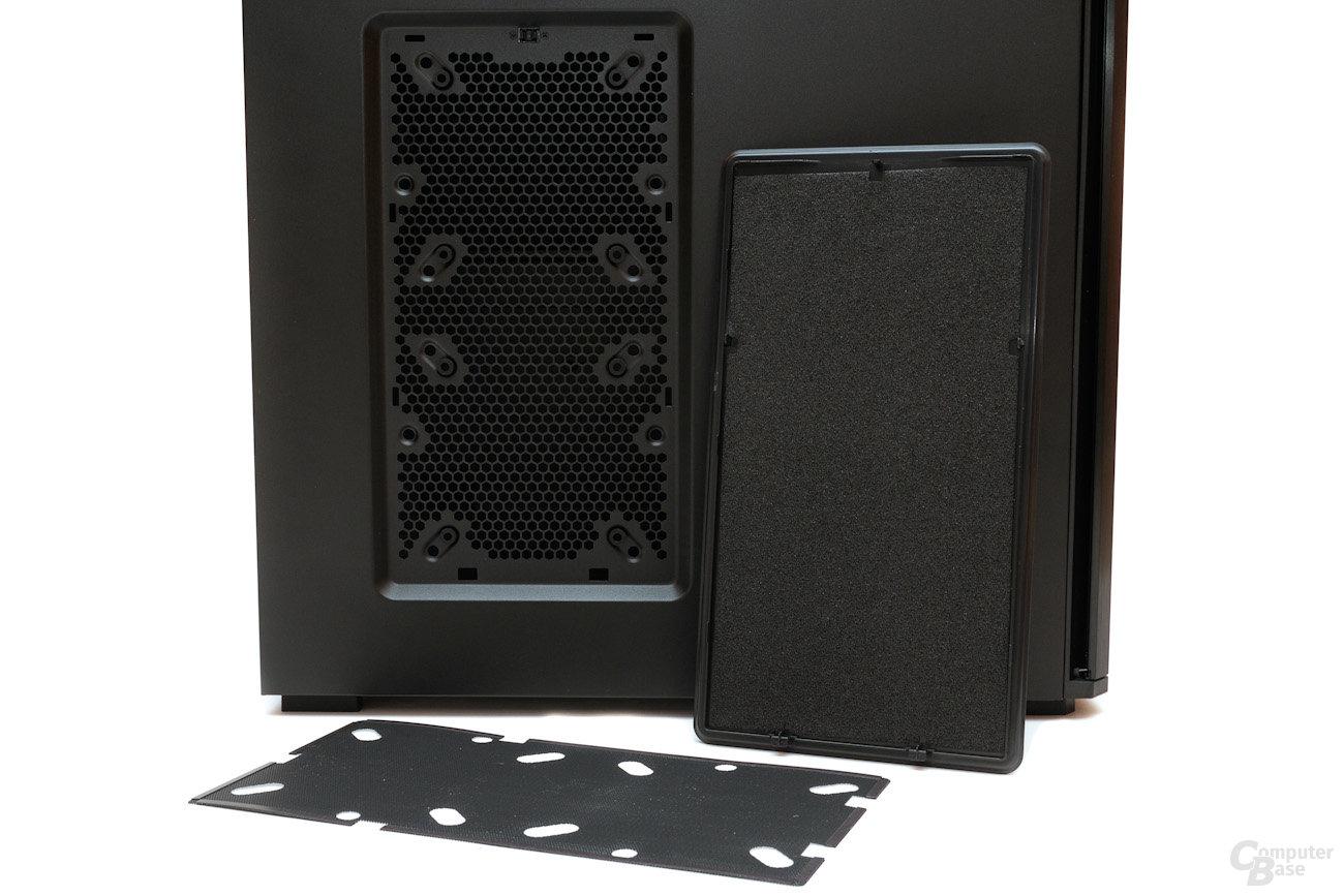 Corsair Obsidian 550D – Magnetisch befestigter Staubfilter und Dämmung – Linke Seite