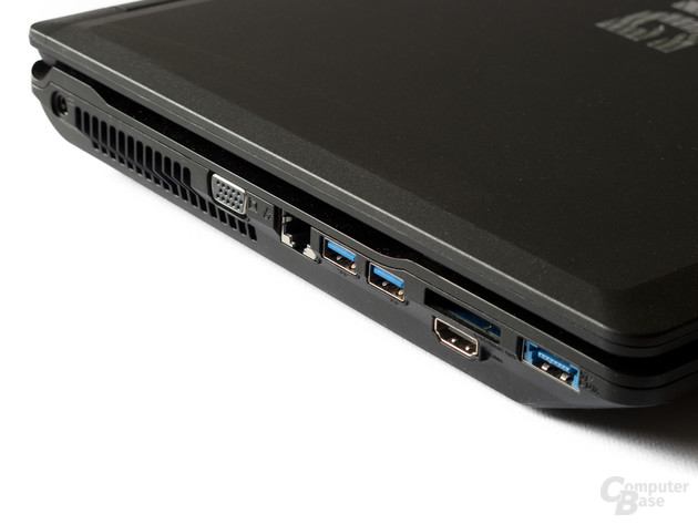 Anschlüsse links: VGA, Ethernet, USB , HDMI und eSATA