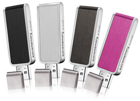extrememory Portable USB-Drive designed by brinell